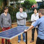 Curso sobre projetos e instalação de painéis solares recebe inscrições